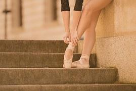 ballet-dancer-865027__180